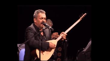 2012 Nazim Hikmet Konser 01 Yavuz Bingol 013A Bir Ay doğar